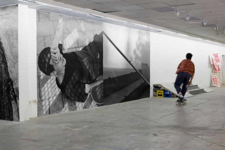 https://dragoshanciu.com/files/gimgs/th-143_Dragos_Hanciu_Squatting_DIY_14_exhibition_view_KOSK.jpg