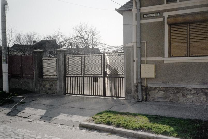 http://dragoshanciu.com/files/gimgs/th-106_5.jpg